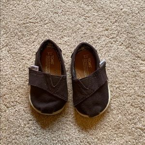 TOMS (Toddler Shoes)